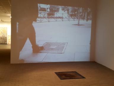 Carlos Garaicoa, Sin título (Alcantarillas),instalación, 2014