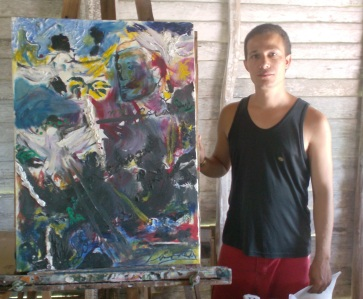 Arturo Larrea junto a uno de sus lienzos,©YOB